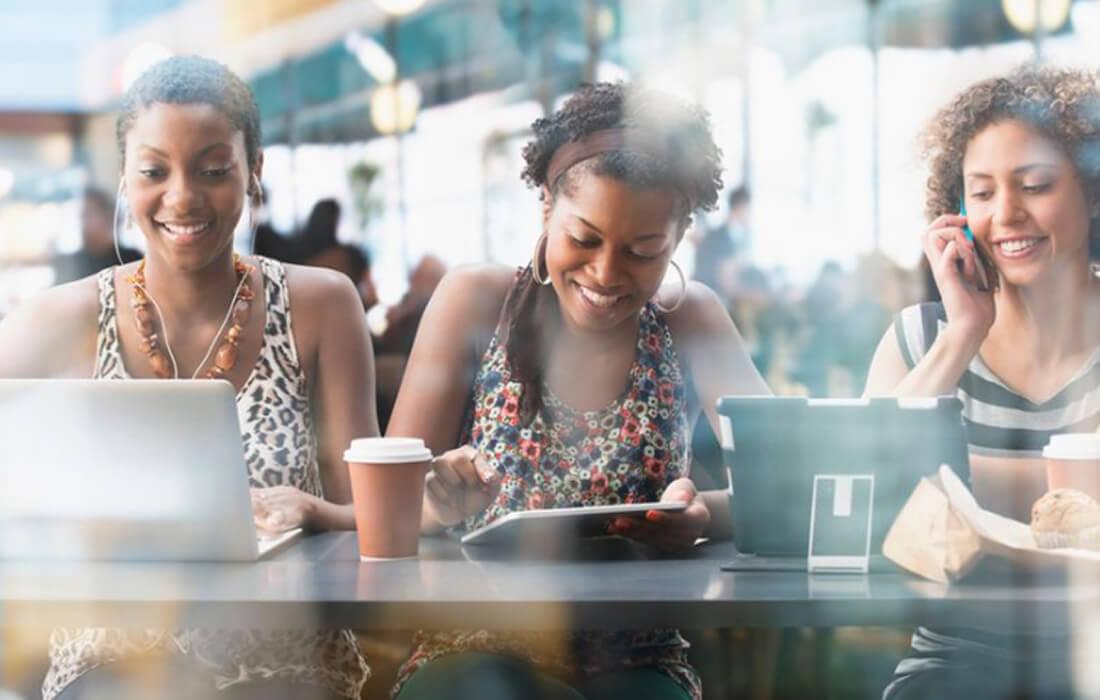 6 Ways You Can Distress Via Social Media